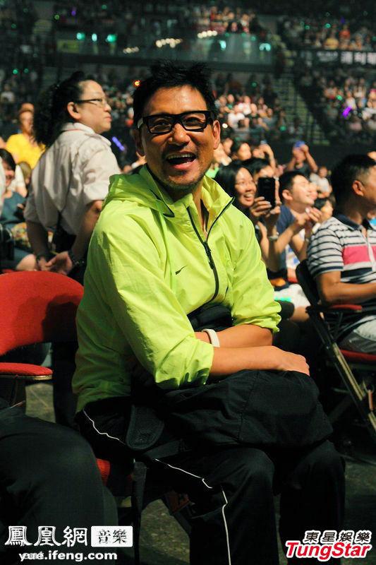 2013年7月20日香港讯]新一代歌神陈奕迅Eason的LIFE演唱会已举行