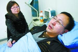 昨日,罗四川医生已经转危为安。 重庆晨报记者胡杰摄