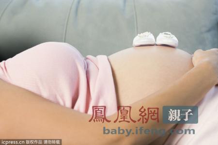 子宫破裂可能与前一次生产剖腹伤口缝合的厚薄有关.