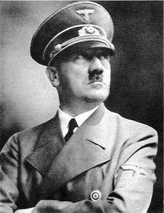 希特勒缘何喜欢口授命令:不擅长拼写总出错