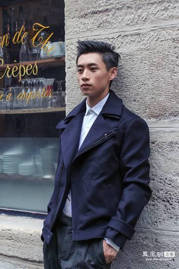 魏晨领跑时尚圈 受邀拍摄多组杂志大片