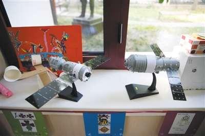 清华附小小学生制作的科技模型.