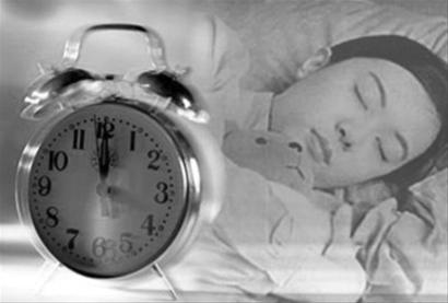 生物钟黑白颠倒_英找到妨碍生物钟调整的机制