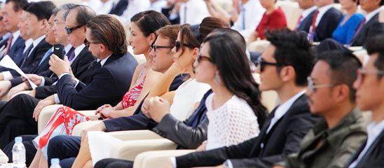 青岛东方影都启动 好莱坞众巨星齐聚