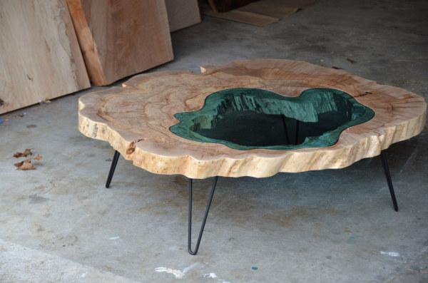 山川河流与原木玻璃之间的转化 桌子的静景