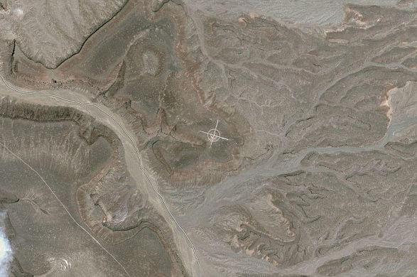 【转】谷歌地图拍到的符号(1/13) - 龙潭客 - 依山小筑