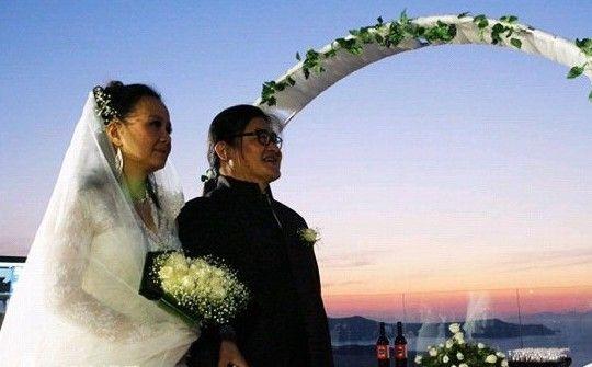 刘欢与妻相识9天便闪婚 维系婚姻更需努力