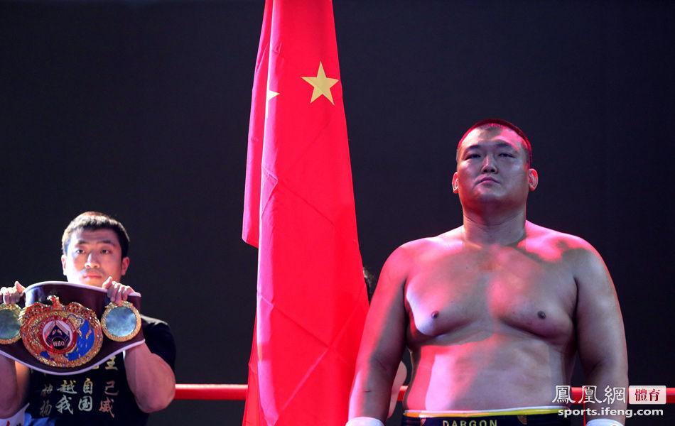 张君龙76秒KO印尼拳王夺金腰带 誓言称霸亚洲