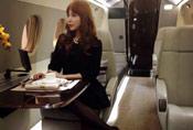 """""""宝马女""""马诺竟已坐上私人飞机"""