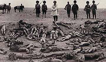 马家军残忍屠杀西路军旧照:伤兵不留活口 军长被分尸