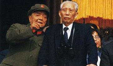 王震治新疆