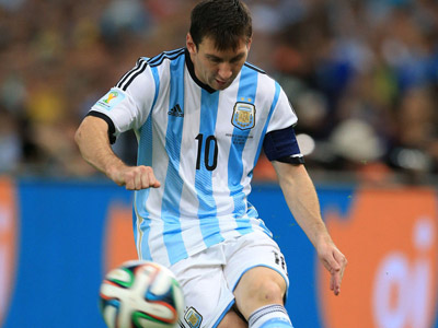 梅西制造世界杯历史最快乌龙 阿根廷完美开局1-0