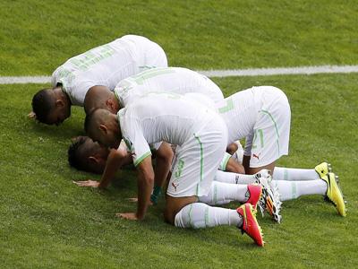 费古利点射 阿尔及利亚1-0比利时