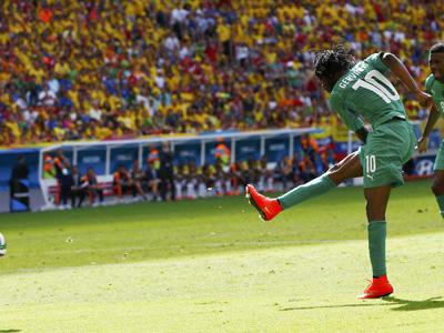 热尔维尼奥扳回一球 科特迪瓦1-2哥伦比亚