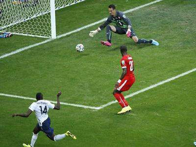 马图伊迪建功 法国2-0瑞士