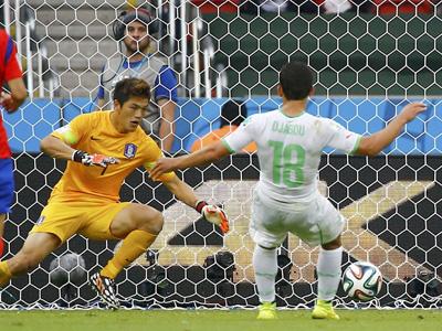 加布推远角破门 阿尔及利亚3-0韩国