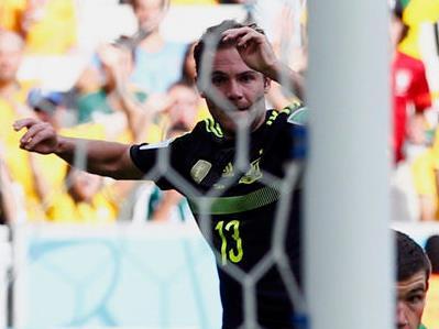 马塔锦上添花 西班牙3-0澳大利亚