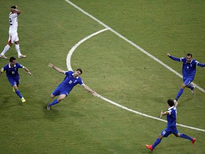 帕帕斯塔索普洛斯神奇扳平 希腊1-1哥斯达黎加