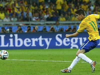 奥斯卡比赛最后为巴西打进挽回颜面的一球
