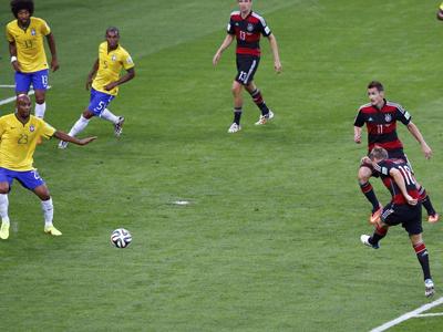 克罗斯抽射破门 德国3-0巴西