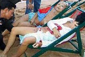 泰国海滩性感毛妹被打死