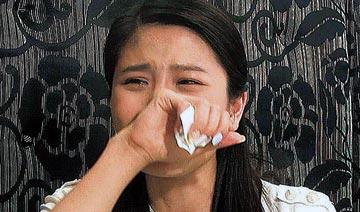 """""""厕所野战""""女星哭诉:他带我进去 亲我"""