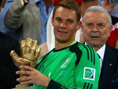 诺伊尔获得本届世界杯金手套奖-花絮