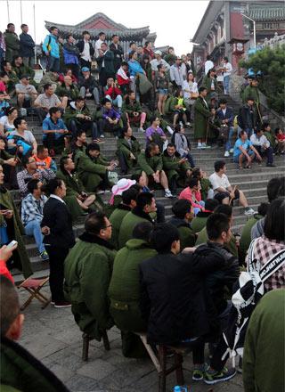 决赛夜的中国球迷