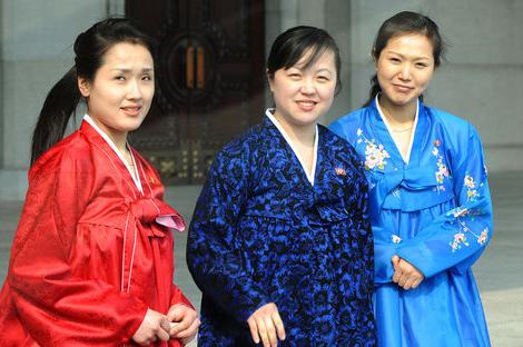 性情:朝鲜女性生活现状:富人爱时尚穷人饿肚皮