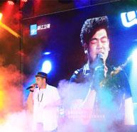 2012年《中国好声音》选手陈俊彤现场献唱