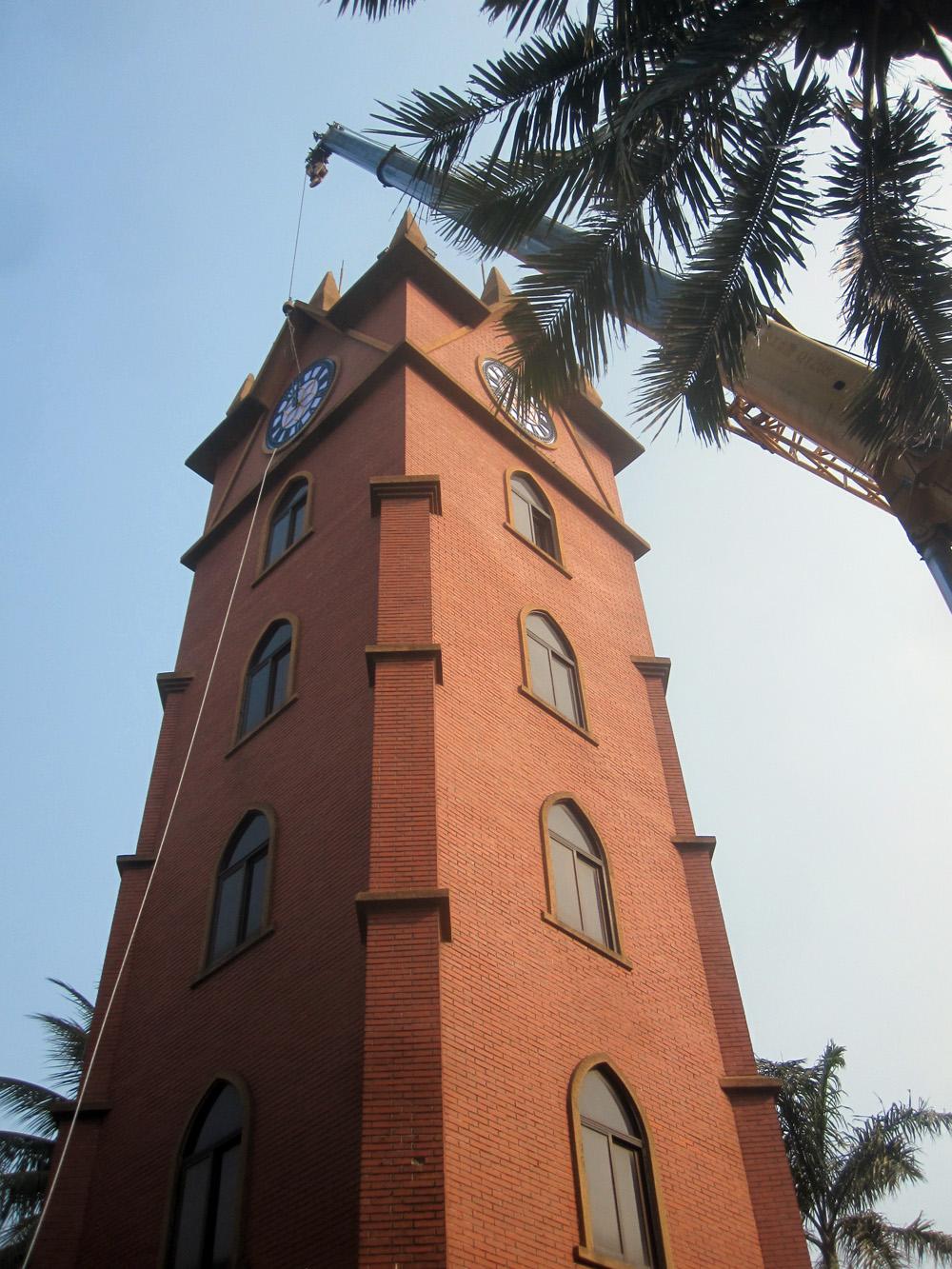 新大钟是欧式罗马风格