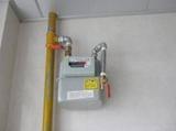 48户精装房业主投诉燃气表距厨房10米远房