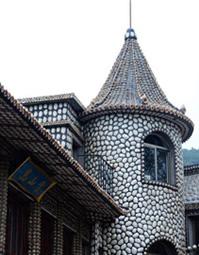 青岛用百万枚贝壳打造贝壳楼