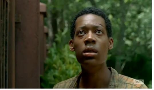 行尸走肉第五季10集剧透弩哥发现隐藏在密林网五毒包三剑门派表情图片