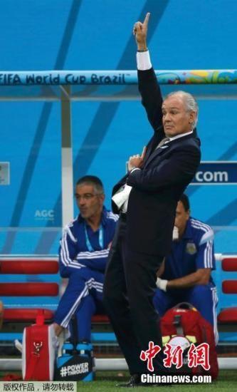 现年60岁的阿根廷主帅萨维利亚。