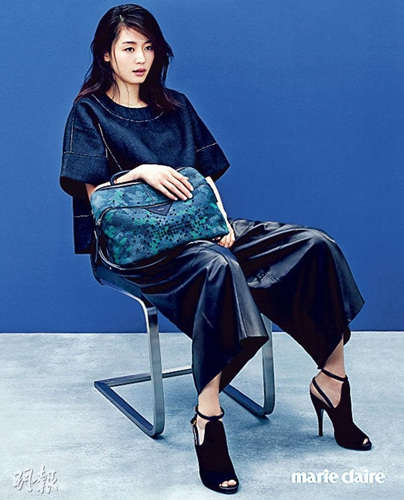 韩星全智贤怀孕3个月拍写真 身形依然纤瘦(图)