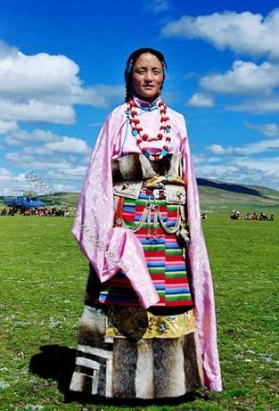 渗透到生活中的西藏非遗 藏族服饰 江宁广电新媒体网站