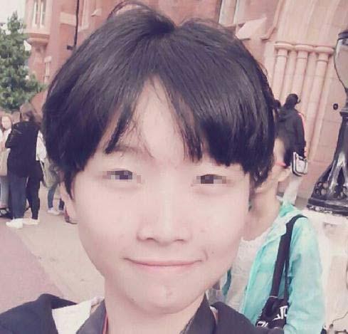 黄菡16岁女儿甜美照曝光 就读重点中学(图)