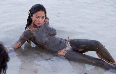 美女澳洲名模杰西卡·戈麦斯拥有新加坡血统的混血儿 - 陈成州 - 自然方法防止近视