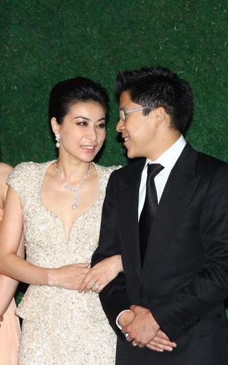 郭晶晶自称婚姻生活很幸福 霍启刚 别影响她的声誉图片