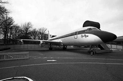 猫王私人飞机将被拍卖 预计成交价过亿
