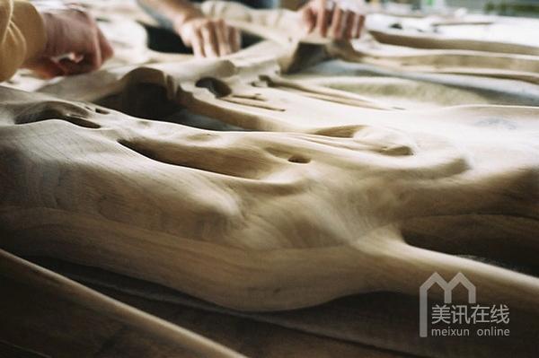 法国bonsoir paris设计二人组:动人的木雕