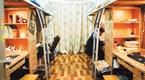"""安徽大学生打造""""复古风""""寝室总花费仅100多元"""