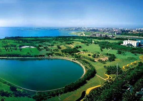 国际旅游岛 旅游在线 > 正文   阳光充足,气候温和,空气洁净,是海口