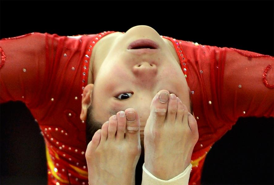 2012年7月26日,伦敦,2012奥运会备战,中国女子体操队训练备战。