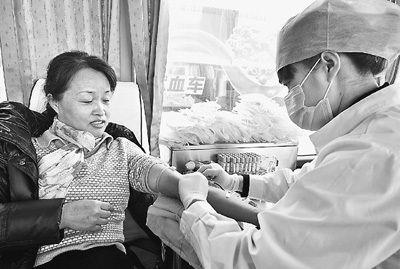 人民日报:血荒为何常态化
