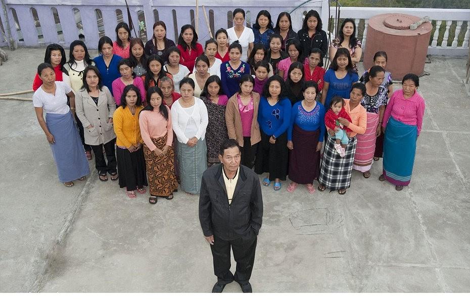 印度男人与他39个妻子的生活 - 月  月 - 阳光月月(看新闻 寓娱乐)