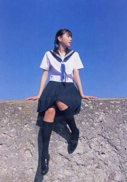 制服诱惑难抗拒 一窥日本女生水手服文化