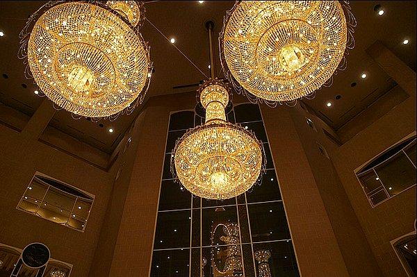 常用的酒店大堂吊灯有欧式烛台吊灯