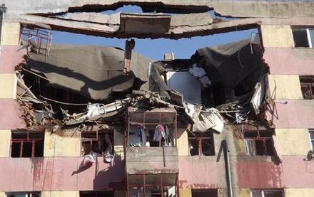 牡丹江居民楼爆炸致6人遇难 楼板被炸断裂(图) - 高山松 - gaoshansong.good 的博客